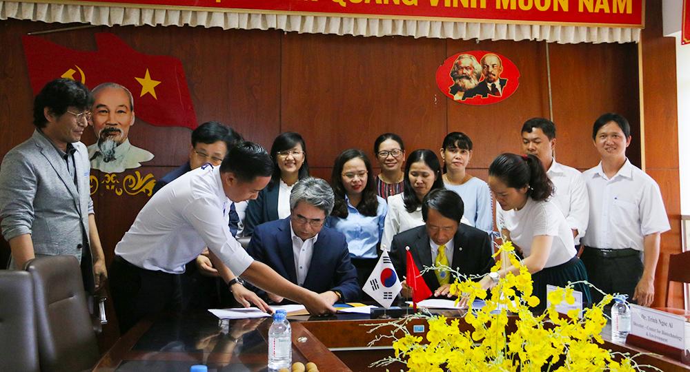 ĐH Trà Vinh ký kết hợp tác với Đại học Khoa học Kỹ thuật Gyeonggi Hàn Quốc